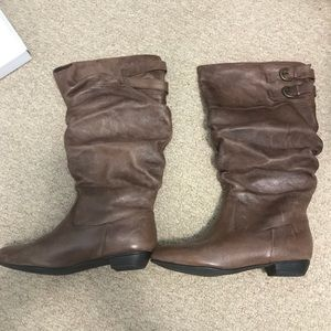 Steve Madden light brown leather boots, 6.5W. NWT